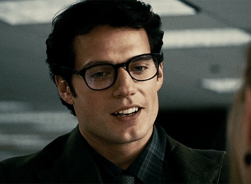 Happy birthday Henry Cavill