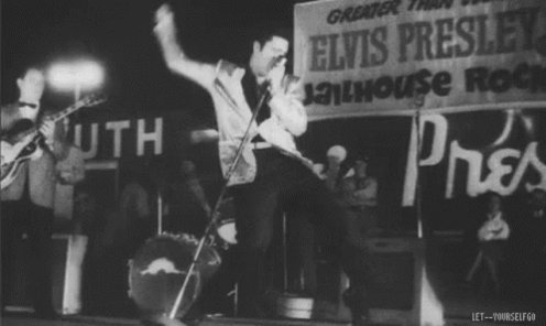 Our boy got moves!  Have a great day guys and keep safe  #ElvisPresley #ElvisHistory #theking #rocknroll #elvis #onlyoneelvispic.twitter.com/zWV9q8PJLO