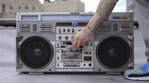 If you had a boom box and just one cassette tape what would it be?   #80s #party #mixtapepic.twitter.com/PriwtYIubT