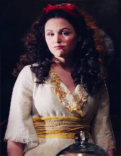 Happy birthday to my ouat mom ginnifer goodwin a.k.a snow white