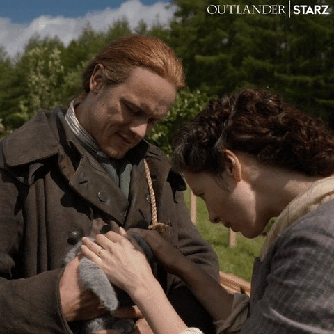 @KimmLemby @SamHeughan #OutlanderS5  #CatsOnTwitter 😽#TheFrasers  #SamHeughan #CaitrionaBalfe #Actors