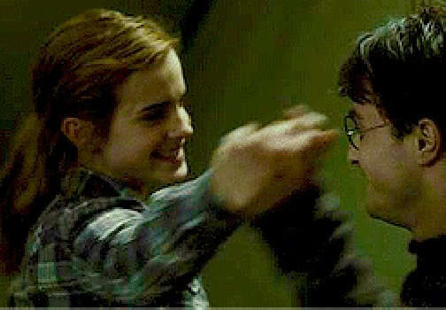 """""""With mirth and laughter let old wrinkles come."""" The Merchant of Venice A1 S1 #ShakespeareSunday #HarryPotter pic.twitter.com/Ez3HUfTVVN"""