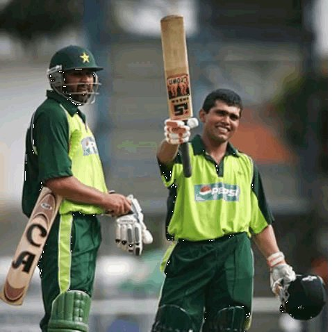 Highest ODI score by a wicketkeeper-batsman for Pakistan 1. Kamran Akmal - 124 🆚 🌴 2. Kamran Akmal - 116* 🆚 🇦🇺 3. Mohammad Rizwan - 115 🆚 🇦🇺 4. Sarfaraz Ahmed - 105 🆚 🏴 @KamiAkmal23 @iMRizwanPak @SarfarazA_54