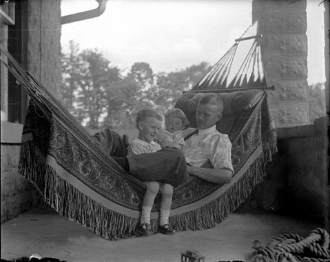 @KarlOLeary4 @ArielAdrian The only question left is ... hammock or rocking chair? #JOY #CrazyPLN, thoughts?