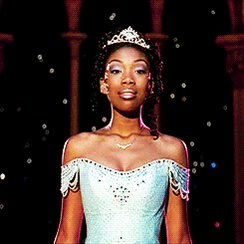 PSA: CINDERELLA starring Brandy and Whitney Houston is free on youtube to watch!!    FOREVER STANNING BLACK #CINDERELLA!!   THE PRINCE IS GIVING A BALL!  Rodgers & Hammerstein's Cinderella (1997 Film) https://youtu.be/Fk9uuD86ufk via @YouTubepic.twitter.com/a5MVtfs43K