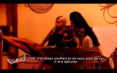 La situation est trop pesante pour Cloé, elle craque 😪#LesAnges12 https://t.co/cqykqGpX3M