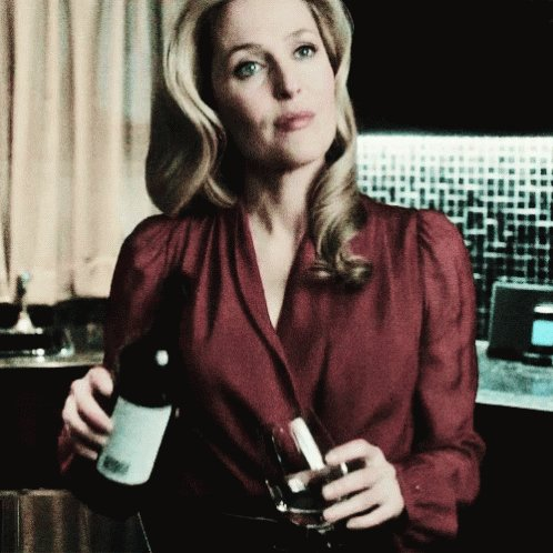 Oh Happy Birthday  dear and talented actress Gillian Anderson have a pretty day. Much love