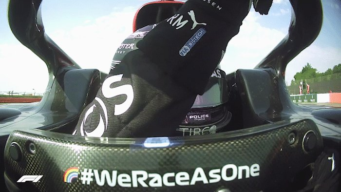 Respect 👏👍  #F170 🇬🇧 @LewisHamilton @Max33Verstappen