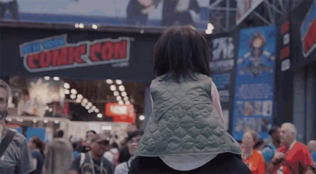 Image for the Tweet beginning: #NYCC is doing LIVE YouTube