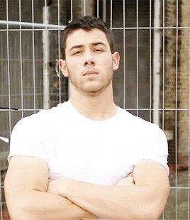 Und noch ein Cutie feiert heute ein Jahr älter: Happy Birthday Nick Jonas!
