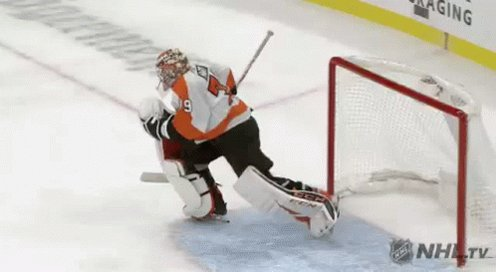 Amazing series of saves by Hart and the Flyers still lead 2-0. #Flyers #PHIvsNYI