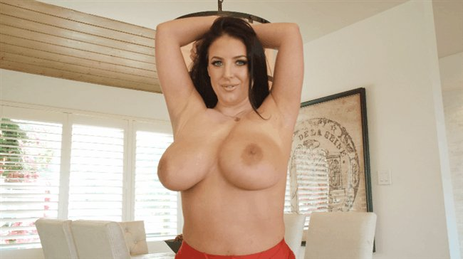 The only way to spend #TittyTuesday Hypnotized by @ANGELAWHITE 🌀🌀💓 angelawhitestore.com/2700215/fuckin…