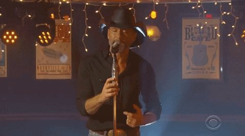 #ICalledMama and told her how great @TheTimMcGraw's performance at the @BluebirdCafeTN was. #ACMawards https://t.co/qgQAe0oYTN