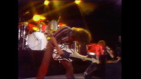 @eddievanhalen OMG the worlds best Guitar God and legend has past but the King will never be forgotten ever #EddieVanHalenRIP #VanHalen #EddieVanHalen #berdoo #knac #klos955 #komp923 #kcalrocks #themightyvanhalen