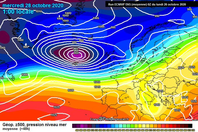 Buenas. Tras un mes frío, lluvioso y nivoso en el Pirineo, la transición de Octubre a Noviembre va a ser con anticiclon encima y temperaturas bastante suaves. Podrán aparecer las primeras inversiones térmicas. Veremos cuanto dura esta situación.