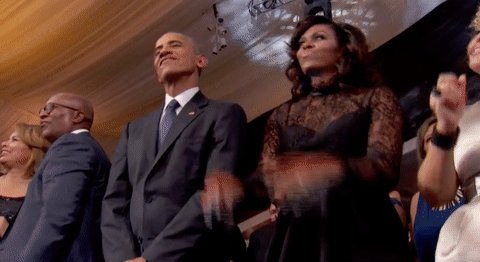 @MichelleObama #BidenHarris2020champagnetoast 🍾🥂