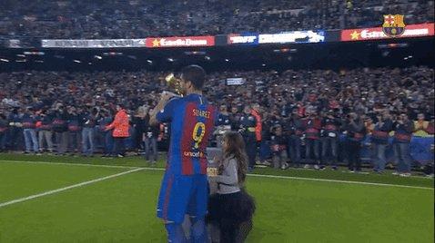 @LuisSuarez9 @Atleti ENORME LUCHO!  que falta haces en el Barca 😭