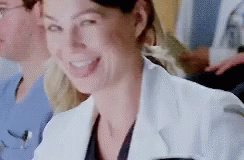 I bet Meredith Grey finds a cure for Covid @EllenPompeo