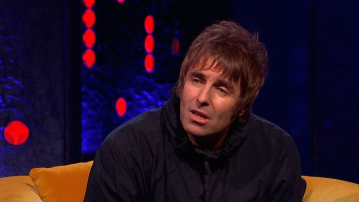 Did you hear about the one where @RealMattLucas, Blur and Oasis walked into a bar? @LiamGallagher clearly didn't!  #TheJRShow @ITV @WeareSTV @wossy