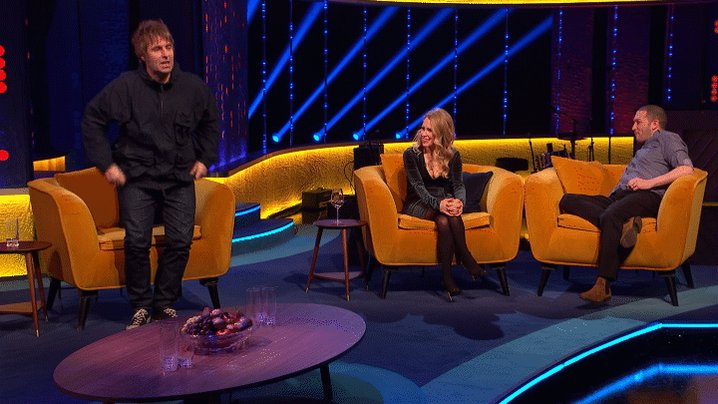 """You sound like my ideal guy!"" @LiamGallagher is pushing all the right buttons for @LadyLeshurr #TheJRShow @ITV @WeareSTV @wossy"