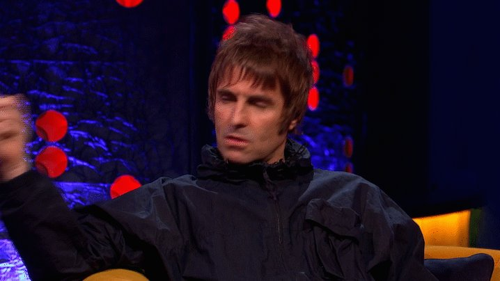 """Maybe we'll just bake some bread and that or a cake or throw strawberries at each other."" - Are we about to see @LiamGallagher and Noel go head-to-head in the Bake Off tent? #TheJRShow @ITV @WeareSTV @wossy"