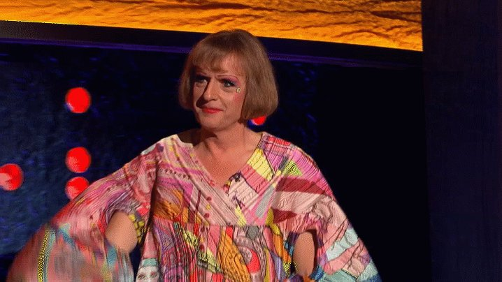 He's a world-renowned artist who's inspired thousands of people... it's the fabulous @Alan_Measles  #TheJRShow @ITV @WeareSTV @wossy
