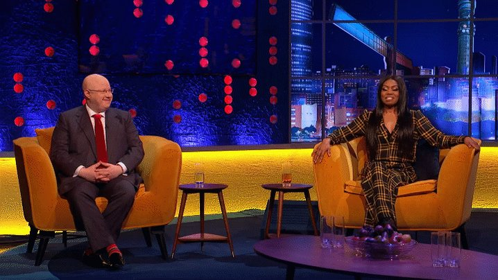 How will @Alan_Measles rate our guests' sketches? Find out after the break! #TheJRShow @ITV @WeareSTV @wossy
