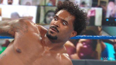 اللقب في خطر!  دولف زيجلر وروبرت رود يتغلبان على بطليّ التاج تيم ذا ستريت بروفيتس!  @HEELZiggler @RealRobertRoode #SmackDown