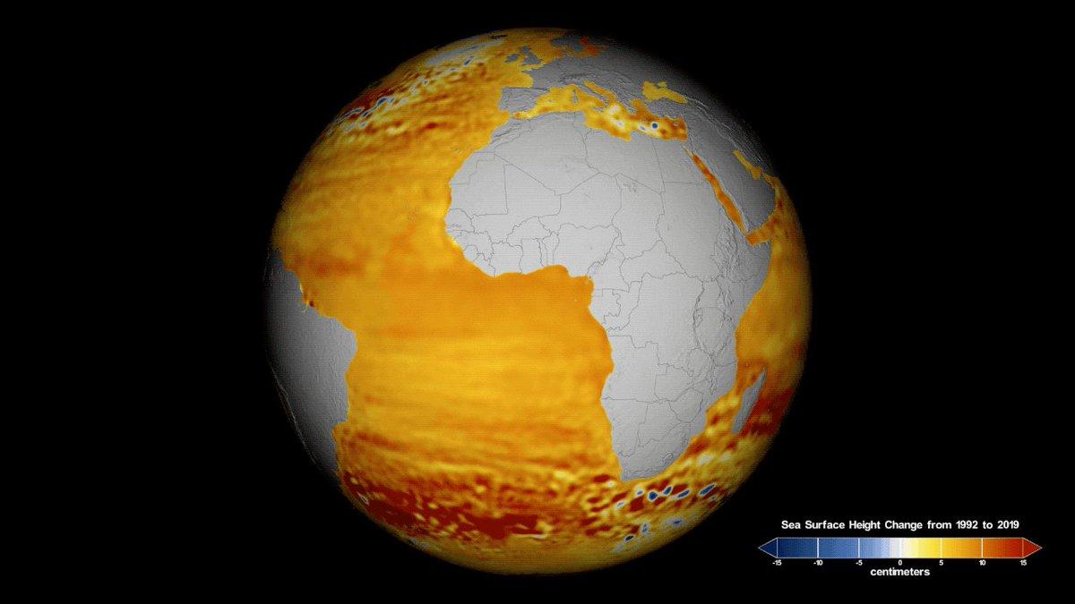 La temperaturas más cálidas aumentan el nivel del mar de dos maneras: derritiendo las capas de hielo y glaciares, y expandiendo el agua del mar. El satélite ayudará a los científicos a entender cómo el cambio climático está modificando las costas de la Tierra y a qué velocidad. https://t.co/2KSkifsGxt