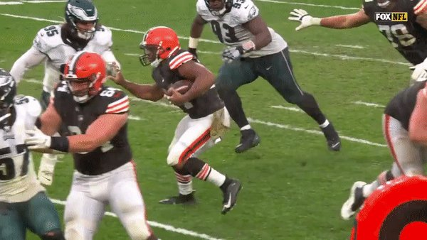 Replying to @WxShaw: I will never, ever get tired of watching this. #Browns