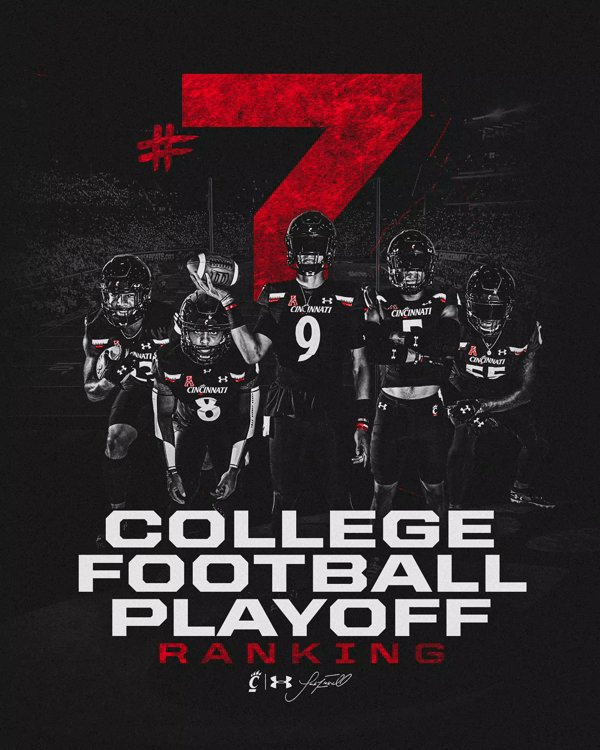 @GoBearcatsFB's photo on Cincinnati