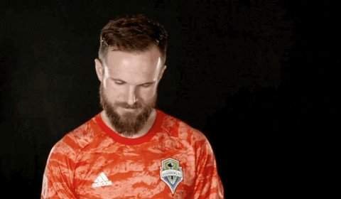 @Stefan24Frei waiving fair catch on that PK. #Sounders  #soundersmatchday  #ebfg  #MLSCupPlayoffs