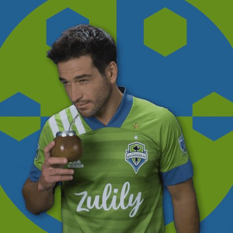 …& YOU CAN BUY SAM A DRINK & GET HIS DOG ONE TOO!  Ruidíaz (09) SCORES on a one-timer turnaround quickshot in minute 66!  @LAFC 0 : 2 @SoundersFC  #SEAvLAFC #LAFC #BarrioAngelino #Sounders #VamosSounders #MLSCupPlayoffs