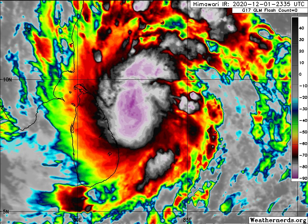 Update - #CycloneBurevi 🌀 with a wind speed of 80-90 kmph gusting up to 100 kmph to landfall close to #Mullaitivu tonight 7pm - 10pm & move westwards thereafter, emerge into Gulf of Mannar. Possible Flood ! #StaySafe  🙏 #LKA #SriLanka #FloodSL  - MET