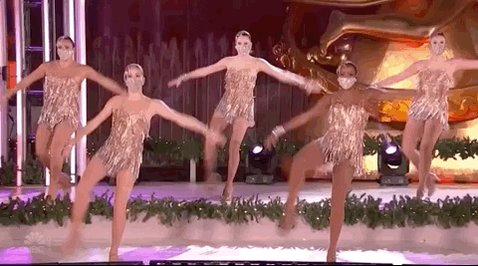 Thanks for joining us for #RockCenterXMAS! ❤️   The holiday celebration isn't over yet — stick around for #RockettesOnNBC with @Rockettes!