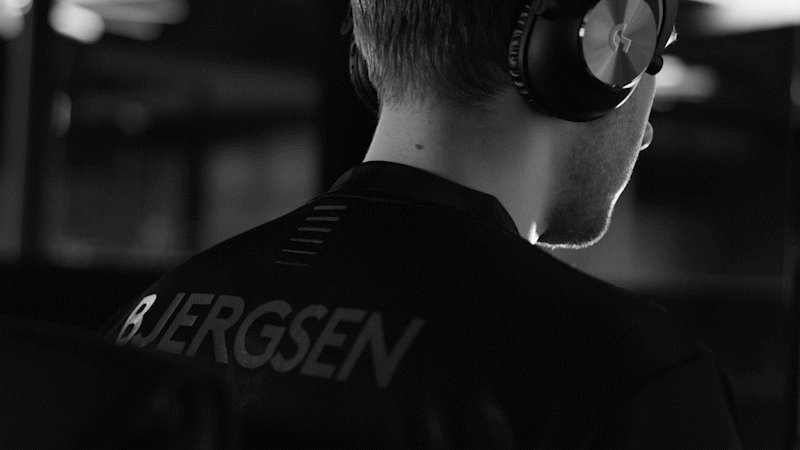 Xaryu - Beautiful. The GOAT. Breathtaking. Unbelievable. And we aren't talking about Bjerg.  The @LogitechGesport Pro X Superlight is everything and more.  Check it out ➝  #PlayToWin