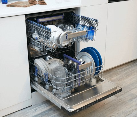 The moment when you realize your dishwasher needs to finish up bc you have a podcast interview.   #ThursdayThoughts #thursdayvibes  #thursdaymorning #podcastinterview #podcastguest