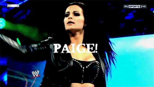 @RealPaigeWWE The greatest lady ever #SmackDown