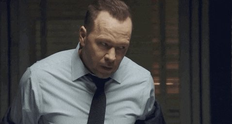 On my Friday night date with Danny Reagan @DonnieWahlberg #BlueBloods