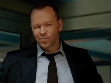 @DonnieWahlberg I'm so excited for a new Blue Bloods tonight. #BlueBloods #BHLove 💙❤️