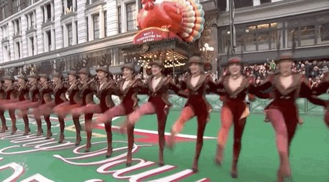 @DeniseDrIsIn1 @YouTube #MacysThanksgivingParade still revs me up for the holidays, not so much 2020, but seeing it live a few times leaves me with special memories of Holidays  past- never saw anything inside #RadioCity but the #Rockettes were in the parade!