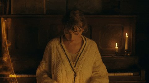 Hi @MostRequestLive @OnAirRomeo @JayMacRadio Can you please play #willow by @taylorswift13 on #MostRequestedLive? Thank you!