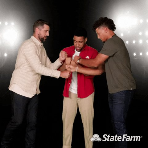 Best of luck to @PatrickMahomes and @AaronRodgers12 this weekend! #TeamStateFarm https://t.co/Z4DlrSiyDR