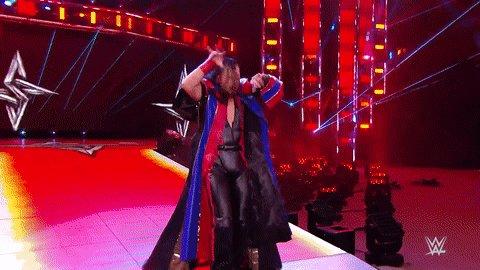 👑 🎻 🎶 The Rising Sun 🎶 🎻 👑  #SmackDown @ShinsukeN