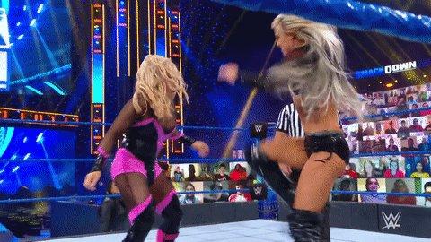 🥾 💥  #SmackDown @YaOnlyLivvOnce
