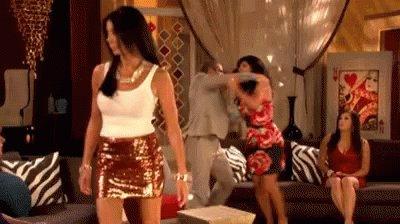 Damn, Jen should be on #RHONJ! That'd be a good match for Danielle #RHOSLC