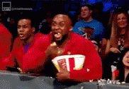 Oh SHIT.... Daniel Bryan vs Cesaro..... #SmackDown Dis Gonna be GUD....