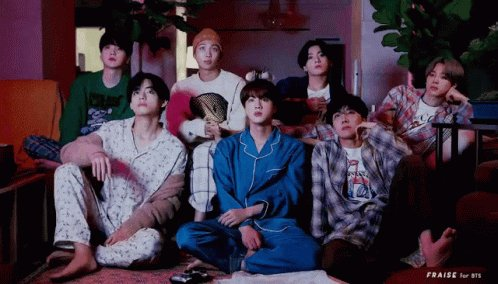 Hello @OnAirRomeo @MostRequestLive  I would love to request #LifeGoesOn by @BTS_twt for the next hour. Thank you so much and Have a great day 💜💜💜 #MostRequestedLive