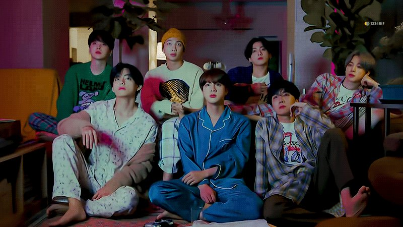 @MostRequestLive @bts_bighit Please play #LifeGoesOn by @BTS_twt 🙏🏻💜 #MostRequestedLive #BTS #BTSARMY Thank you so much 💜
