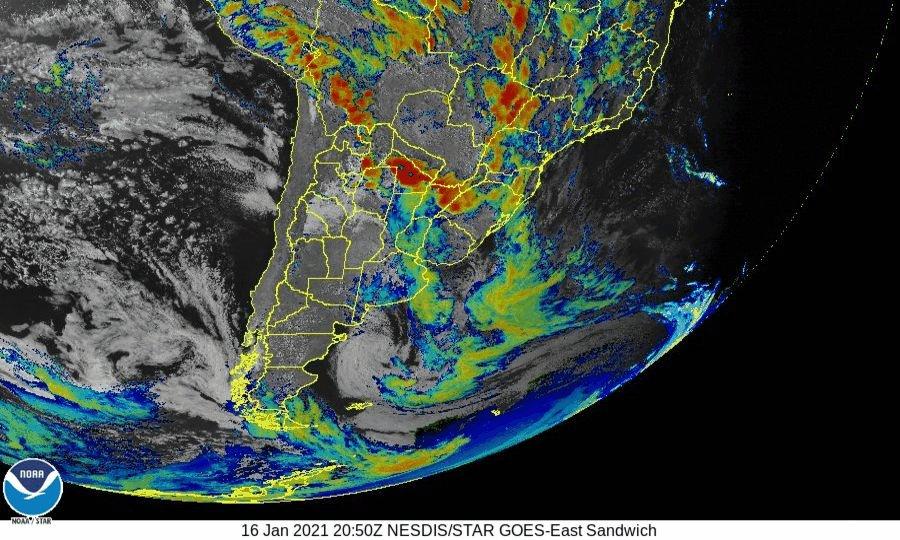 Noche 16 #Enero2021 Secuencia de imágenes multiespectral visible banda 3, infrarrojo y banda 13 #Satelite #GOESEast @NOAASatellites  entre las 17:50 y las 23:40 hs. local de #Argentina #Brasil #Chile #Paraguay y #Uruguay. Permite identificar evolución áreas de #Tormentas #lluvias